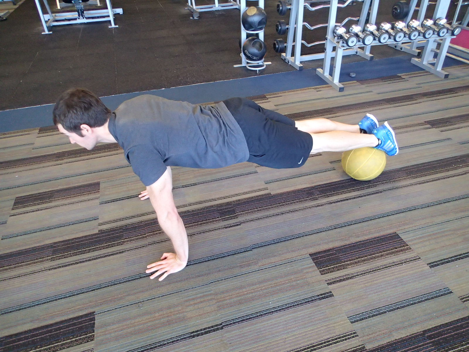 Push-Up - feet on Medball