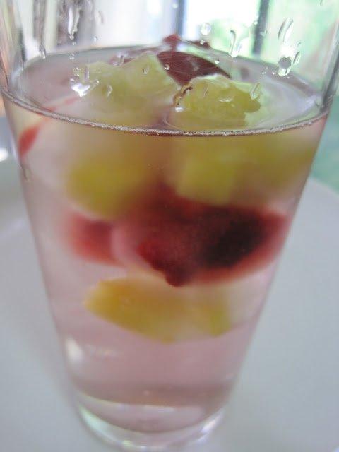 Raspberry & Pineapple frozen chunks