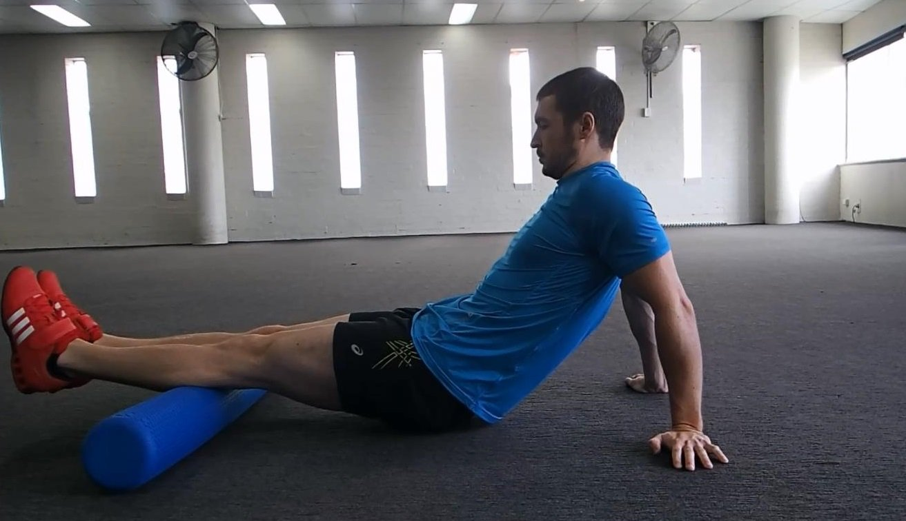 6 - Calf Foam Roll - dual leg - end position1